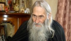 Cхиархимандрит Илий: «О России, политике и смысле жизни»