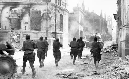«Гитлер не виноват, это Сталин войну начал!»