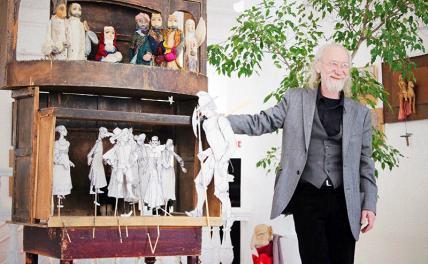 В Московском театре кукол открылась выставка художников Сергея Тараканова и Розы Гиматдиновой