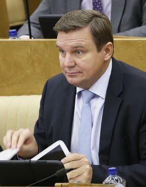 На фото: депутат  Справедливой России  Игорь Ананских