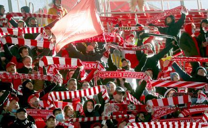 Болельщики «Спартака» устроили беспорядки на стадионе в Туле