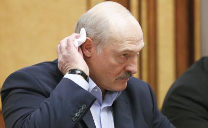 Признание Крыма и авиабаза: Лукашенко перед трудным выбором
