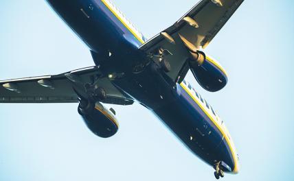 Крылья борта Ryanair, который посадили в Минске, растут из русского балета