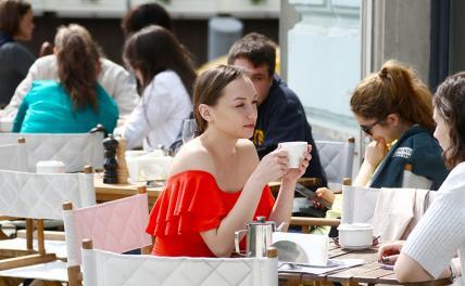 В Москве решают, кого пускать в ресторан за«особые столики»