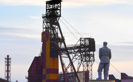 Лукашенко ищет варианты: Путин, Китай, Иран, Индия— кто плечо подставит