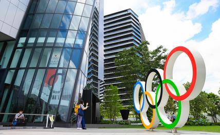 Евро-2020 Россия провалила, Путин думает, сколько авто пообещать бегунам и синхронисткам за Олимпиаду
