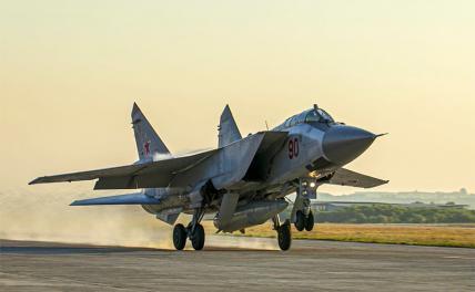 «Елизавета» и«Эйзенхауэр» пытались заблокировать наших летчиков и спецназ в Сирии