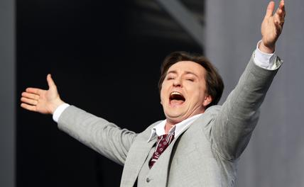 Актер Безруков в пятый раз стал отцом