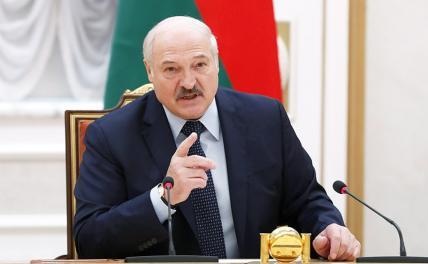 Лукашенко: при необходимости российские войска войдут в Белоруссию незамедлительно