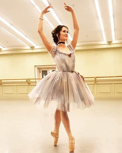 В крымские ущелья падают балерины Большого театра