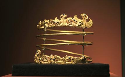 Скифское золото: семь лет прошло, а драгоценной коллекции на Родине все нет