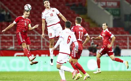 Победы над футбольными «карликами» в России считаются уже геройством