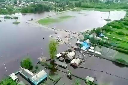 Правительство потратит более 2 миллиардов на помощь пострадавшим от паводка в Приамурье