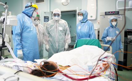 Более восьмисот человек за сутки умерло от коронавируса в России