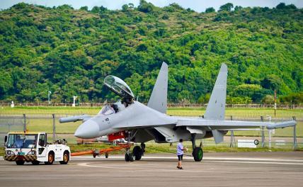 Железные драконы КНР: США испугались, что китайские дроны взяли курс к их побережью