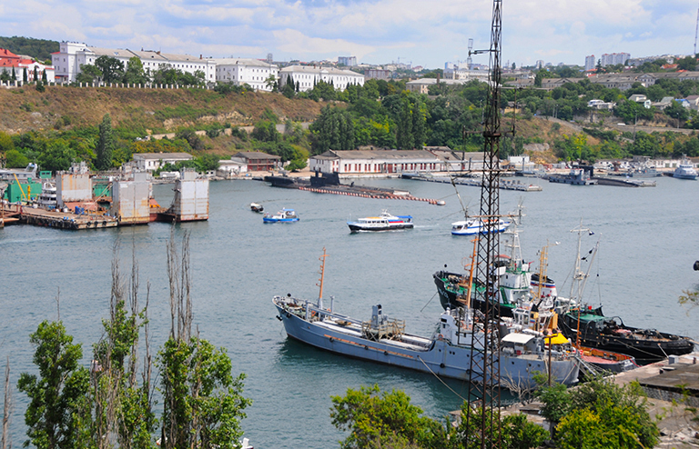 Ялтинский гид— петербургским туристам: «Вам тут не Россия!»