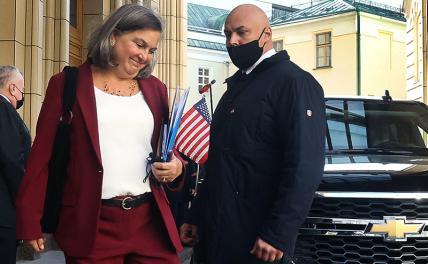 США на Украине оказались заложниками теории домино