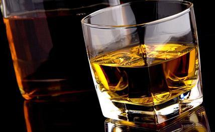 Стало известно, кто в Европе больше всех пьет