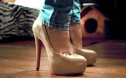 Шестилетняя модница «на лабутенах» появилась в Подмосковье