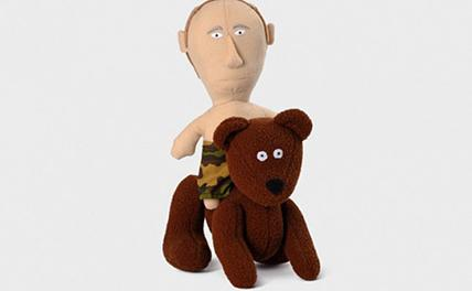 В соцсетях обсуждают игрушку в виде Путина на медведе