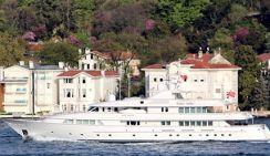 Яхту Путина заметили в Босфоре