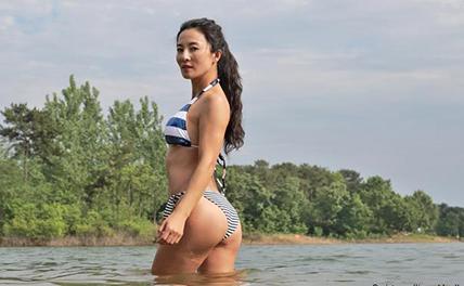 Как выглядит 50-летняя любительница спорта из Китая?