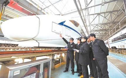 Китай разрабатывает автопилотируемый поезд
