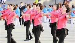 Почему китайцы так любят танцы на площади?
