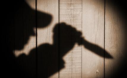 Серийный маньяк дарил жене украшения убитых им женщин