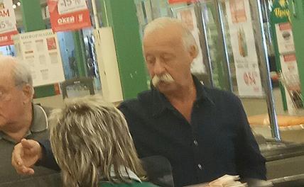 Леонид Якубович «тайно» вел закупки в астраханском супермаркете
