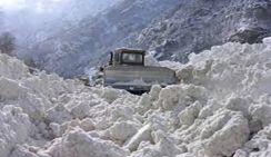 В Северной Осетии более 500 машин оказались в снежном плену